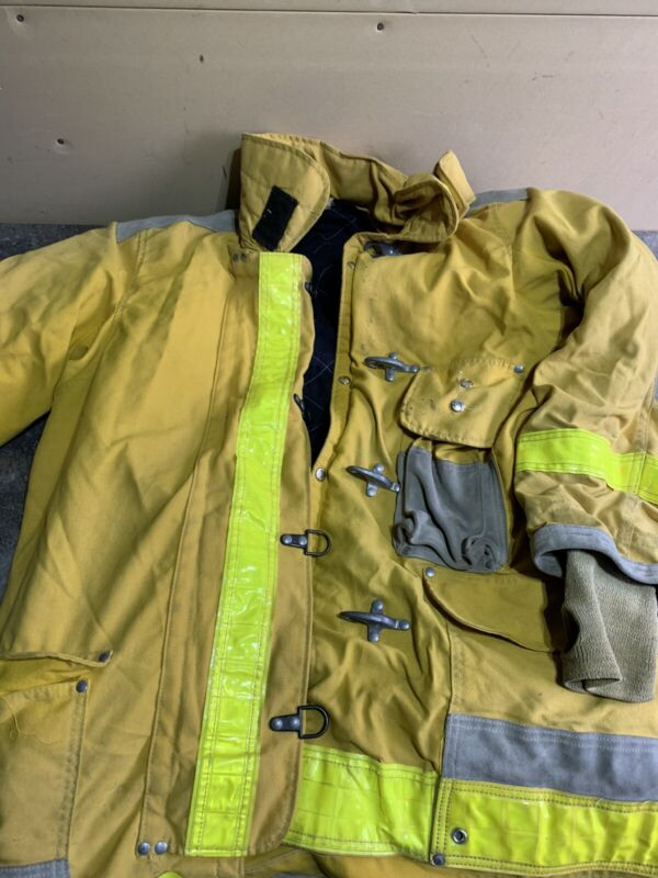 Vintage  Body Guard Turnout Coat, Fire Fighter Bunker Gear Nice Functional C19