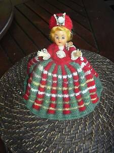VINTAGE DOLLY TEAPOT COSY SCOTTISH GIRL Victoria Point Redland Area Preview