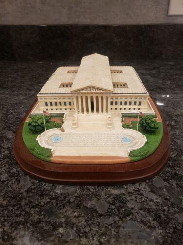 *NEW* Danbury mint Supreme Court replica