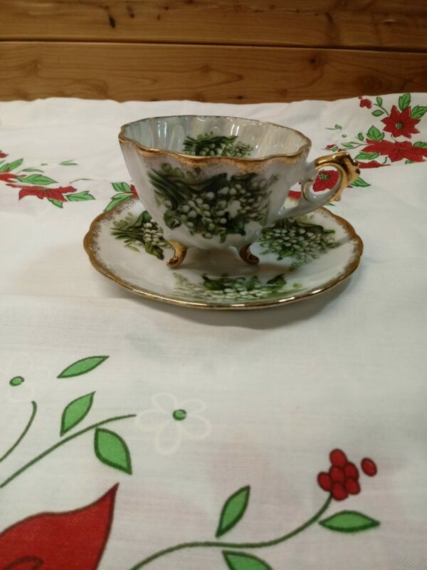VTG Napco 3 Footed Luster Ware Lilly of The Valley Swirled Tea Cup & Saucer