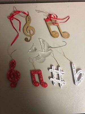 Musical Notes Wooden, painted Christmas Ornaments ~ Lot of 7
