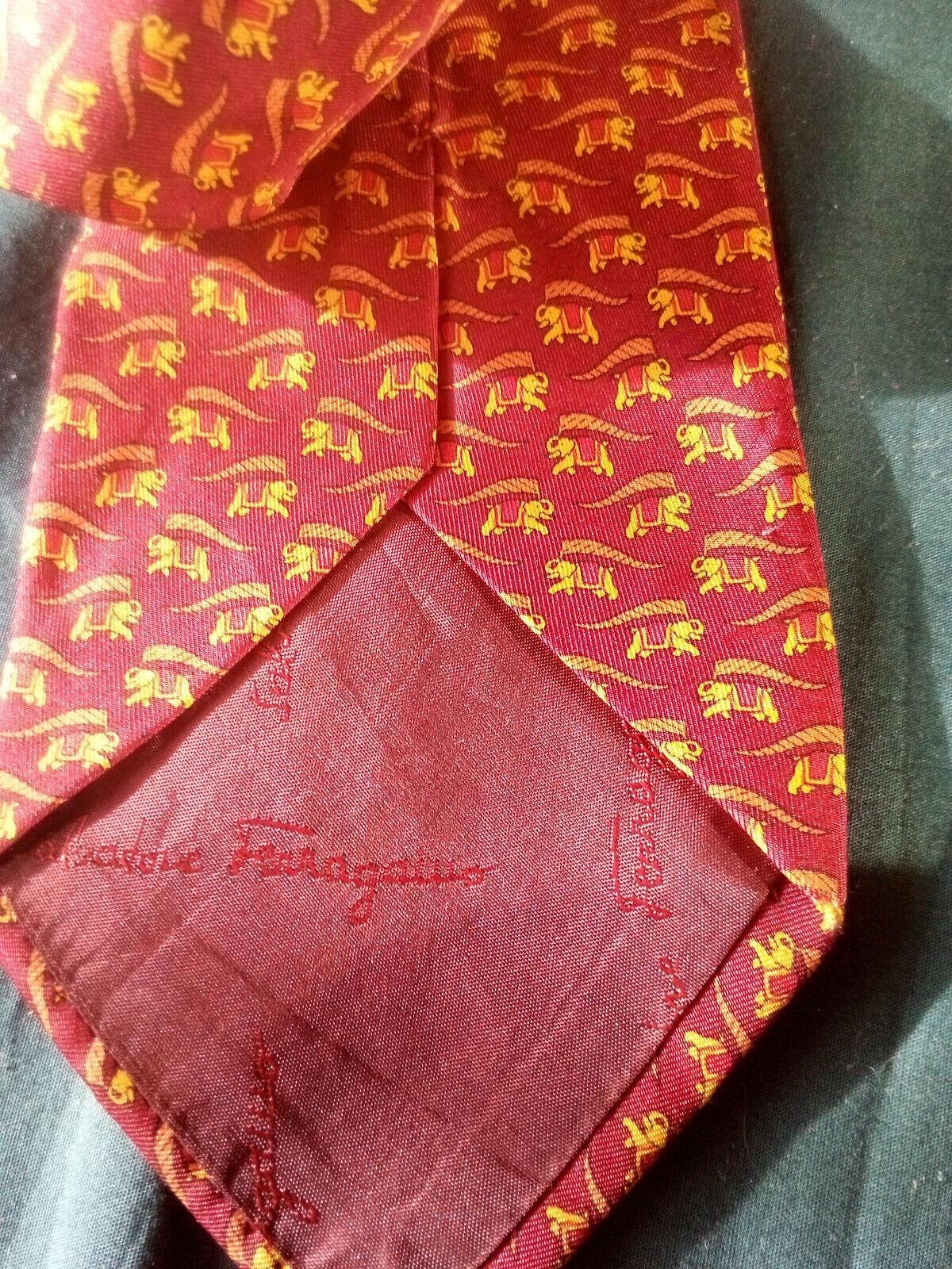cravate salvatore ferragamo