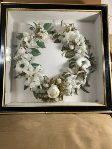 Large Superb Antique 1870 Victorian Mourning Feather Wreath In Shadowbox Case