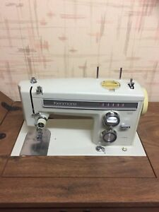 Brand new Vintage Sewing Machine/Table