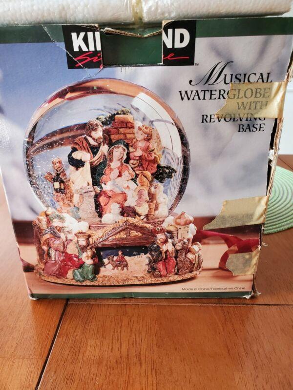 "Kirkland Signature Musical Water Snow Globe #109619 ~ ""Joy To The World"""