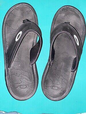 Oakley* Mens Thong Flip Flops* 11/12