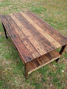 Pallet Wood- UpCycled Coffee Table - Vintage, Rustic Look