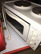 Portable electric oven Glossodia Hawkesbury Area Preview