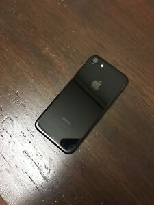 iPhone 7 128GB - Jet Black (Unlocked)