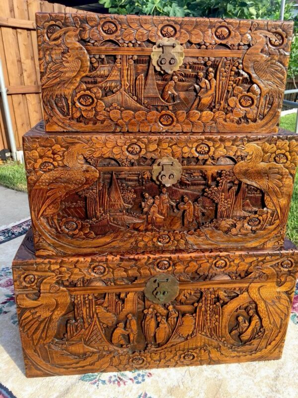 Rare nesting set of 3 Antique Oriental Trunk Chest camphor wood, 🦅 carving