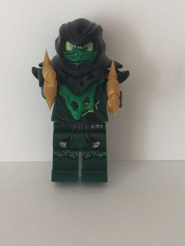 *New 2015 Lego Ninjago Ghost Lloyd mini figure Attack of Morro Dragon 70736