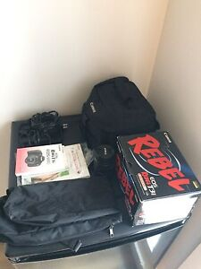 Canon EOS Rebel T3i  with back pack and stand