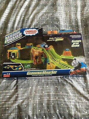New Thomas & Friends Track master Starter Glowing Mine Set Glows In Dark FBK52