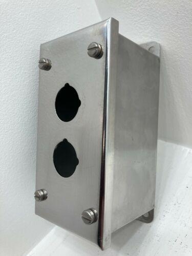 Allen Bradley 800h-2hz4 Pushbutton Enclosure 30mm 2-hole Stainless Steel Nema 4