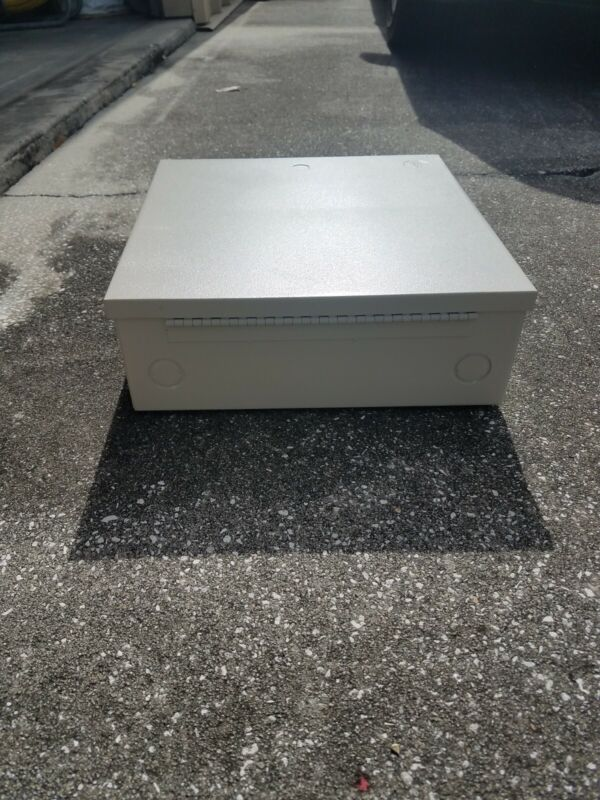 Metal Cabinet Enclosures STI-EM-121204