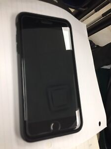 Mint condition matte black iPhone 7 Plus 256gb from Apple store