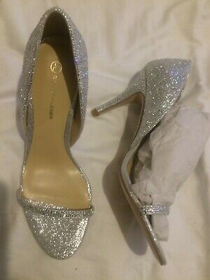 Judith leiber size 6 woman sliver shoes