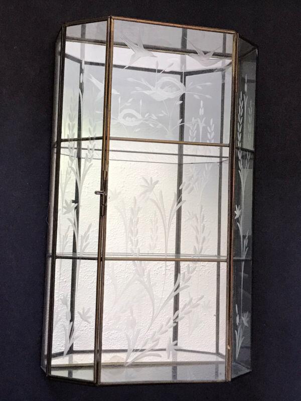 Brass Curio Robin Bird Nest Figures Etch Glass Shelf Wall Table Top Cabinet Case