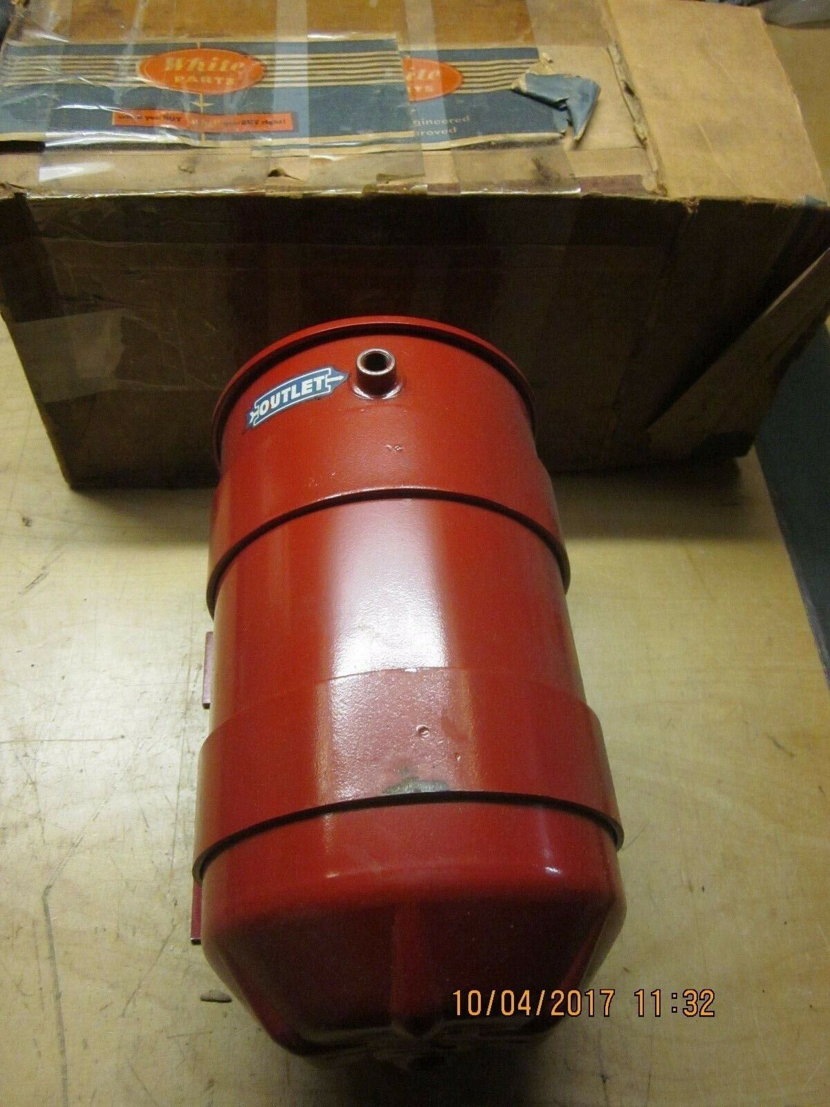 WHITE TRUCK OIL FILTER ASSEMBLY NOS CIRCA 50'S 60'S