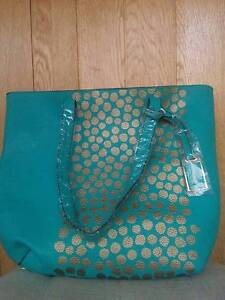 RRP$109 New with Tags Sashenka Aqua Gold Tote Bag with Gold Purse Strathmore Moonee Valley Preview