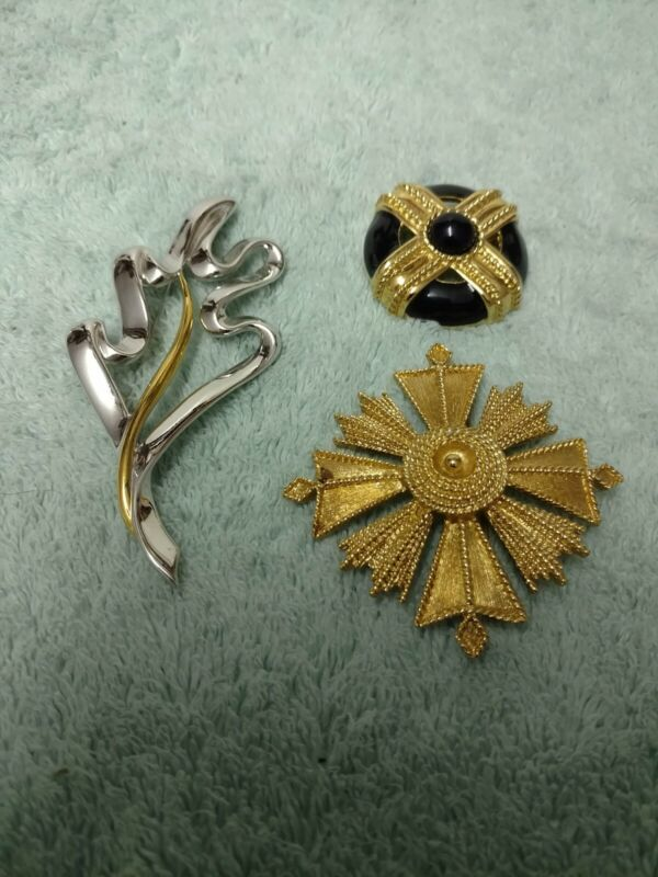 (3) Vintage Monet Brooches Pins