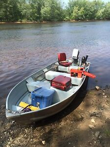 14ft Jon Boat, 7.5hp Evinrude, Trailer and Electric Motor