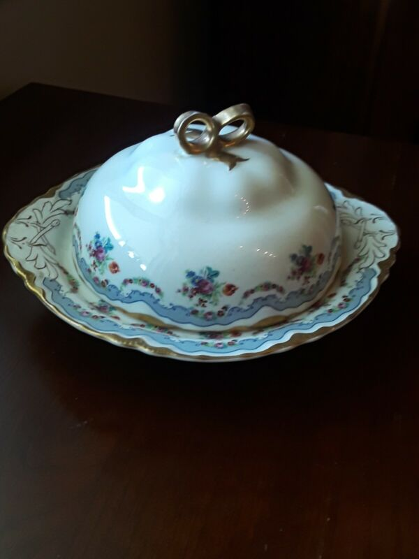 Beautiful Warwick Rose Design with Gold Guild Butter Dish