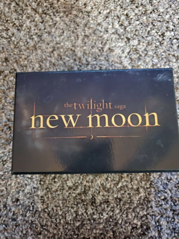 NECA The Twilight Saga New Moon Musical Jewelry Box Bella Edward & Jacob Rare!