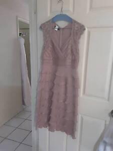 Laura K Formal Dress Size 10 Cleveland Redland Area Preview