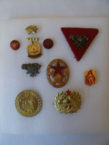 A set of firefighting bages and pins Yugoslavia - Croatia