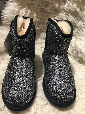 Stock Clearance , women's Ugg Boots black silver size US 5