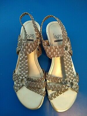 Impo Stretch Womens Size 7 1/2 Silver Metallic Look Sandals Shoes