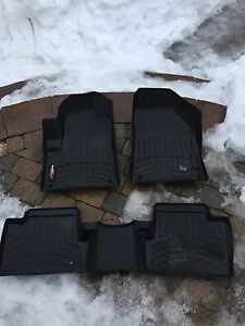 Weathertech floor mats Jeep Cherokee Trailhawk 2015
