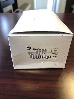 New Box Of 10 - Allen Bradley 700-hn121 Relay Socket - 5 Blade