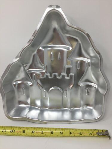 Wilton Enchanted Castle Cake Pan Mold Princess Knight #2105-2031