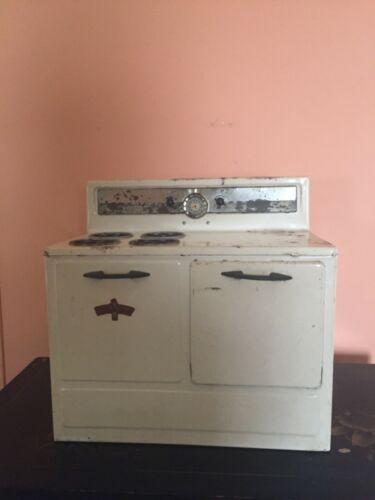 Vintage Mid Century 1950's Little Chef Tin Toy Play Oven