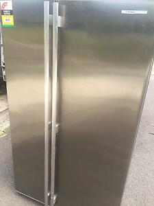 Westinghouse HUGE 660L stainless steel fridge freezer Kingswood Penrith Area Preview