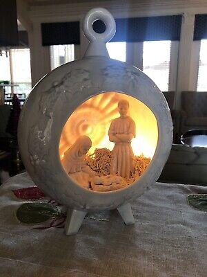 Vintage Diorama Ceramic Light Up Christmas Tree Nativity Holy Family Scene