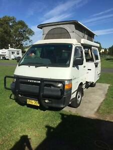 d98df89346 toyota hiace campervan in New South Wales