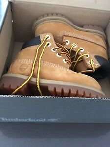 Baby Timberland boots – size 4