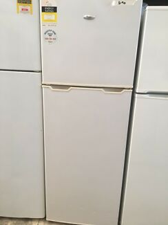 DELIVERY AVAILABLE 340L Whirlpool