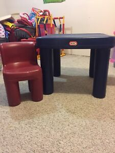 Little tikes table/two chairs