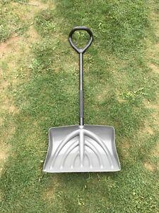 Snow shovel. In good shape