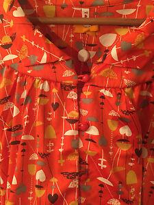 Blutgeschwister,tolle Bluse,rot mit coolem Muster,NEU,mit Etikett,M entspr. ~40