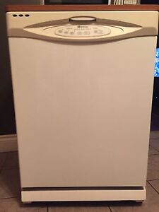 lave-vaisselle mobile Maytag