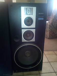 Solid state sony japan speaker cabinets Armadale Armadale Area Preview