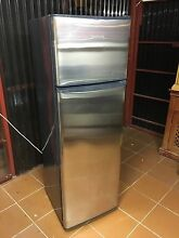 Fisher and Paykel 227 L frost free fridge freezer Bexley Rockdale Area Preview