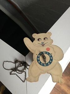 Horloge vintage Teddy Snow crop