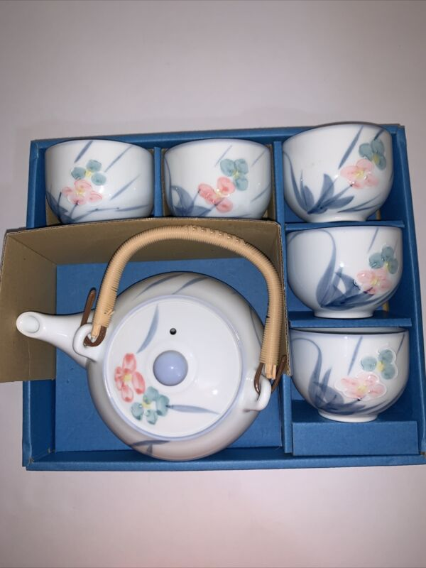 Oriental Tea Set Flower Pattern 6 Piece Set