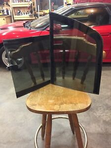 2000 Dakota sliding rear window glass,
